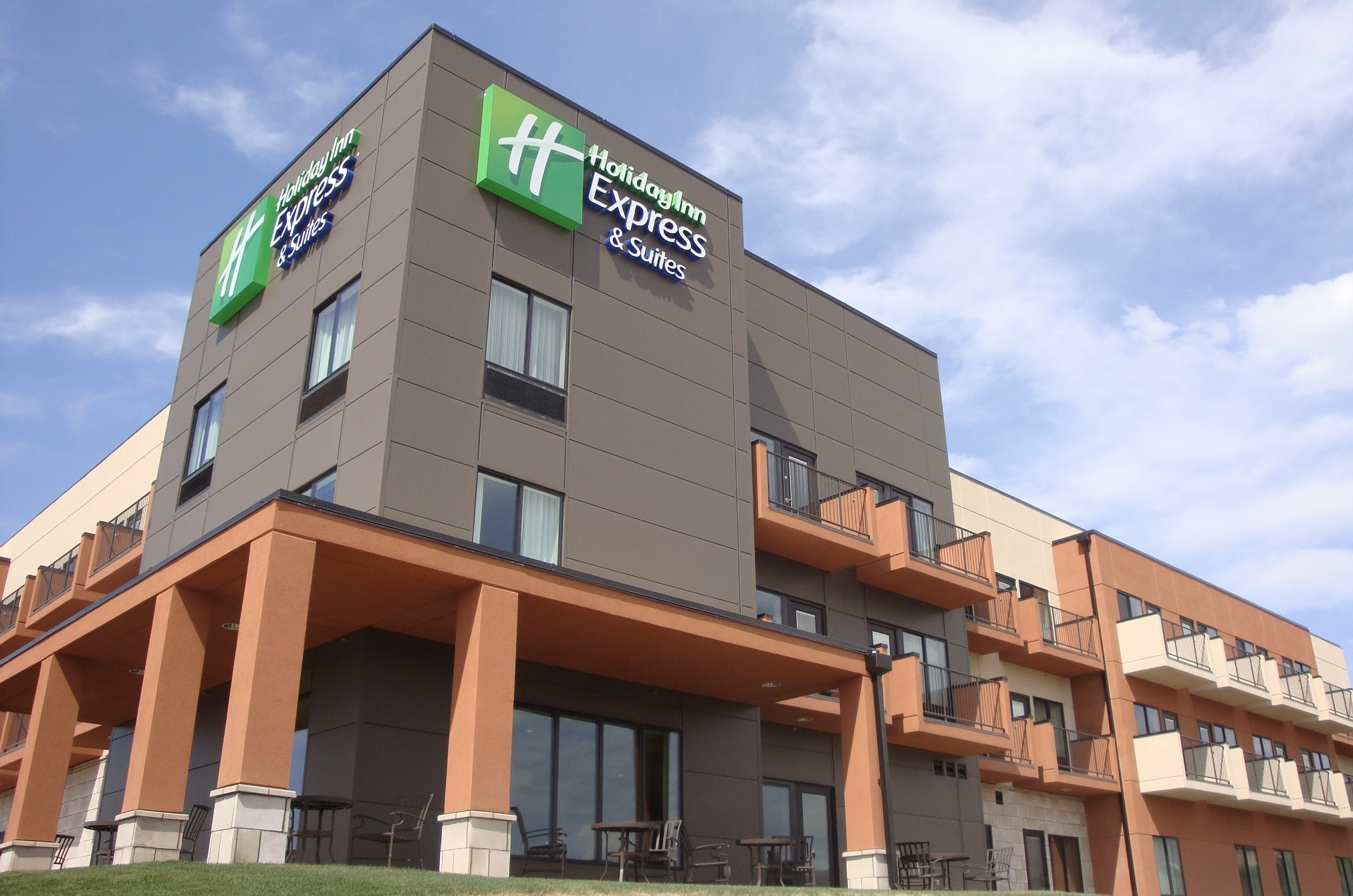 Holiday Inn Express & Suites - Pocatello