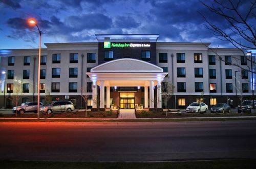 Holiday Inn Express & Suites - Missoula, MT