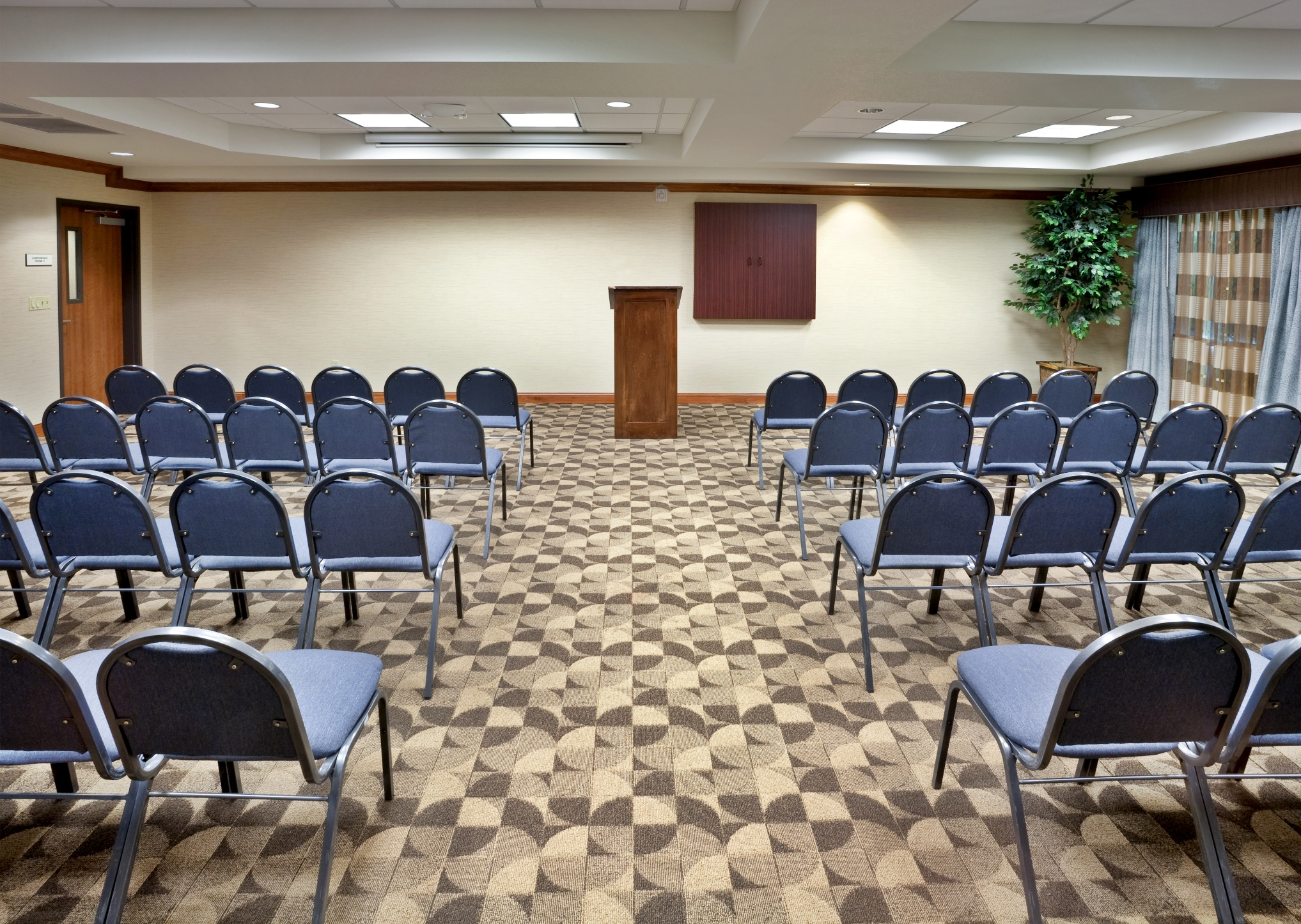 Holiday Inn Express and Suites - Nampa, ID